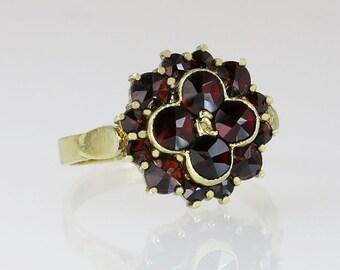 Estate Vintage 14K Yellow Gold 1.40ct Garnet Art Deco Cluster Ring 4 grams