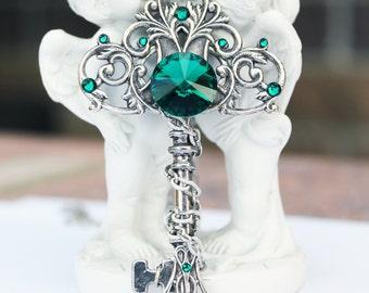 Key necklace, key jewelery, green key, fantasy key, swarovski key, green necklace, swarovski necklace