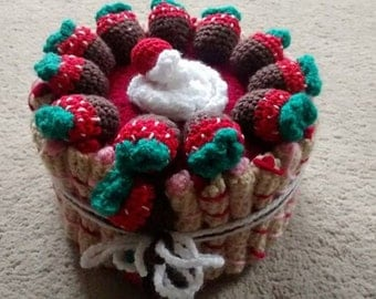 Crochet cake box / container/ gift