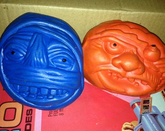 Vintage Creepy Monster head frisbees with Horrible Mummy 2 pcs rare