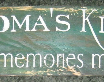 Grandma's Kitchen...........primitive wall,sign,plaque,hanging/painted/stenciled/handmade/ruff finish
