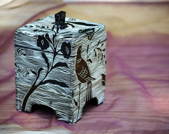 Handcarved Pottery Box Wedding Gift, Black and White Ceramic Box with Bird and Floral Design, Decorative Sgraffito Clay Box, Gift for Her