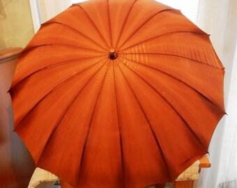 Vintage Women's Parasol with Amber Bakelite Handle  Needs Minor Repair          00992