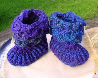 SALE: - OOAK Crochet Button Up Baby Boots