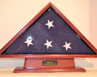 5' x 9.5' Purpleheart Memorial Flag Case with Pedastal