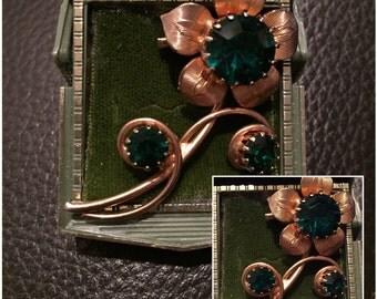 Vintage Goldtone Flower Brooch with Green Rhinestones