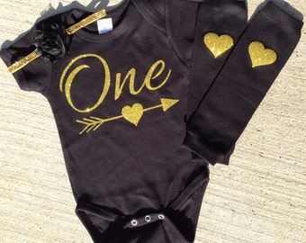 Black and gold first birthday outfit, black and gold bodysuit, black gold legwarmers, cake smash outfit, black and gold birthday, gold set