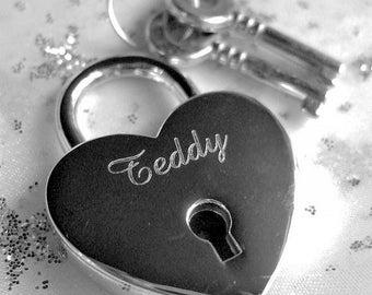 Engraved Silver Chrome Heart Personalised Padlock & 2 Keys (30mm)