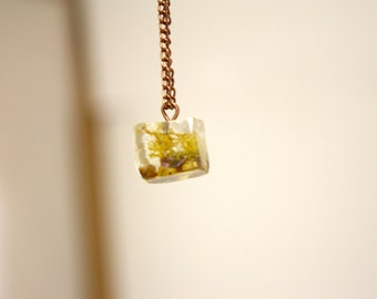 Moss in Resin Necklace, Terrarium Jewelry, Terrarium Cube Necklace, Real Plant Jewelry, Plants in Resin, Nature Jewelry, Terrarium Jewelry