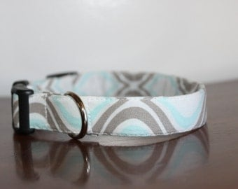 Blue & Gray Patterned Collar
