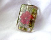 Pink Flower with Thymus Mongolicuse Resin Pendant