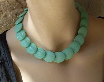 French 80's / ras flat collar of green plastic neck of water / french vintage collar