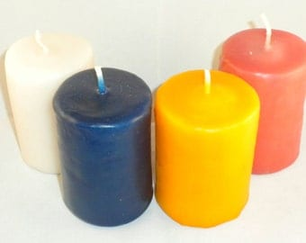 Candles 8cm long, available in different diameters.