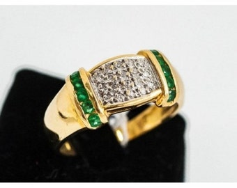 Yellow Gold, Emerald and diamond ring ring Mineralife 1980
