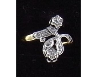 Very old ring Mineralife flower yellow gold, Platinum and diamonds