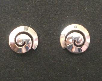Spiral ear studs