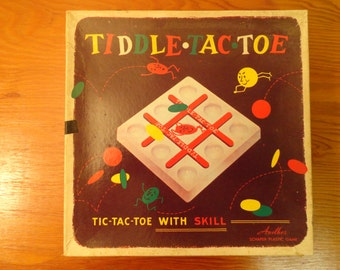 1955 Tiddle Tac Toe Plastic Game By W H Schaper Mfg Co Inc