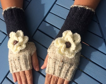 Fingerless gloves, hand knit wrist warmers, fingerless mittens with flowers, arm warmers, gloves.