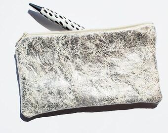 Silver cotton case