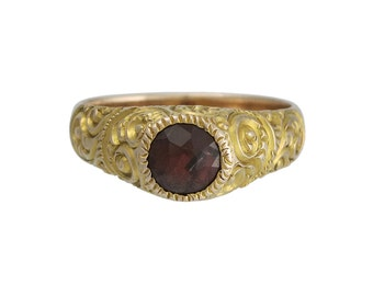 Victorian 18K Gold Repousse Garnet Ring