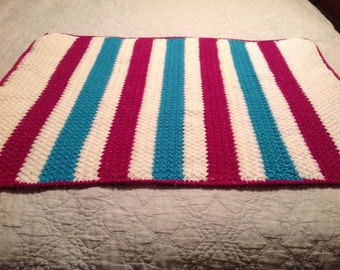 Pretty Crochet Baby Blanket for baby girl