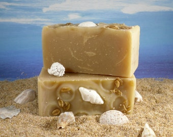 Honey Oatmeal Soap / Cold Process All Natural Palm Free Soap, Essential Oils of Clove Patchouli, Avocado Face Soap