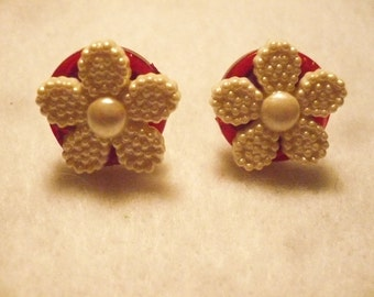 Winter romance button earrrings