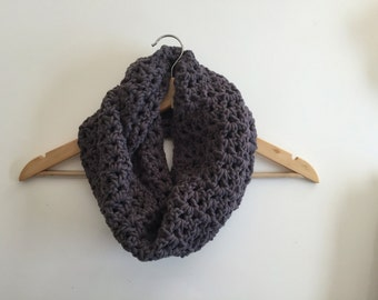 Soft and Chunky Crochet Cowl