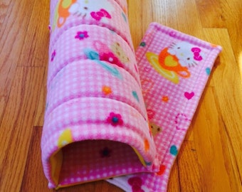Guinea Pig Fleece Cozy Tunnel | Hello Kitty/Tie Yellow
