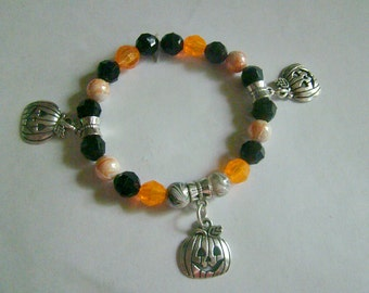 Orange/Black /Pumpkin/ Stretch/ Bracelet/Jewelry/Handmade/Halloween/Gift Idea