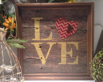 Rustic Wood Love sign