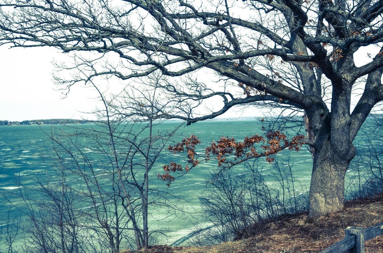 Lake mendota winter madison wisconsin for Mendota terrace madison wi
