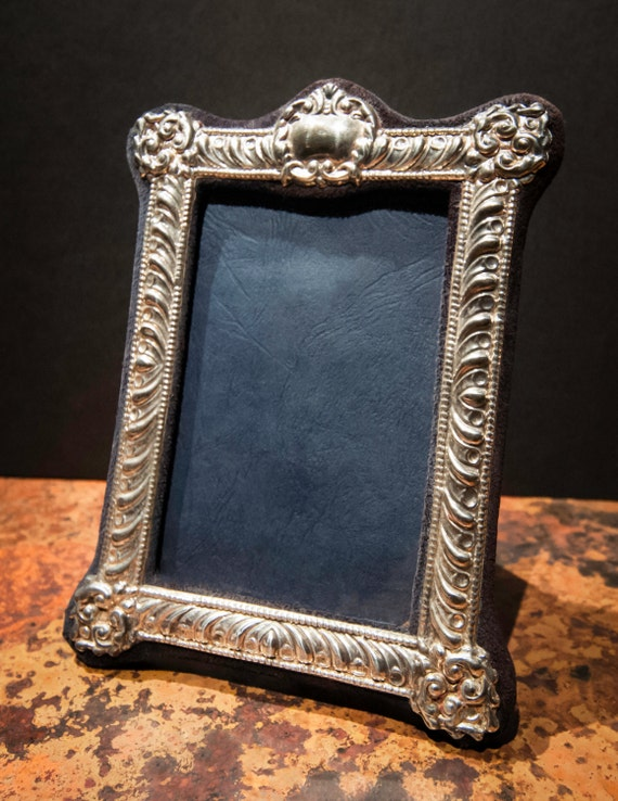 Fine English Vintage Sterling Silver Repousse Medium Sized Photo Frame