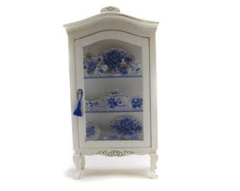 1:12 miniature forniture cabinet with tableware