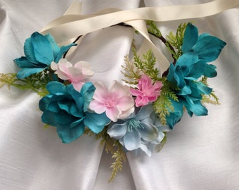 Flower girl crown, turquoise and pink.