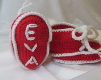 Registered booties for newborn baby crochet. Handmade.