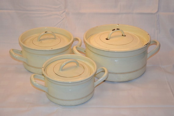Enamel ware cooking pot set