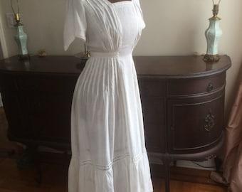 Antique edwardian teens cotton lawn dress
