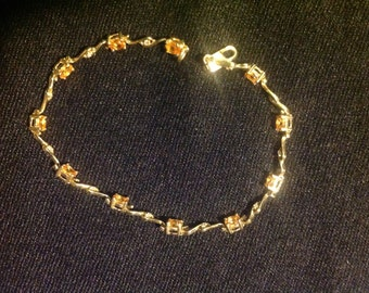 Vintage Intricate Gold Bracelet with Beautifully Cut Citrines