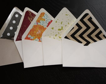 An Assortment of Lined Envelopes with Note Cards (set of 5)
