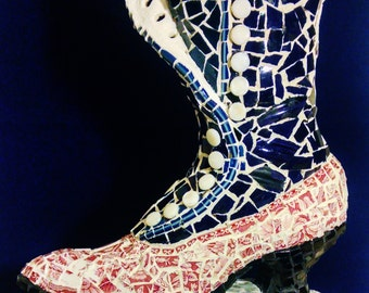 Mosaic Antique Style Button Boot,