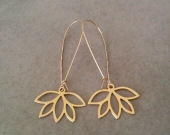 Flower Earrings, Long Earrings, Long Flower Earrings, Gold Earrings, Gold Flower, Flower Jewelry, Wedding Jewellery, Gift Earrings, HilaAssa