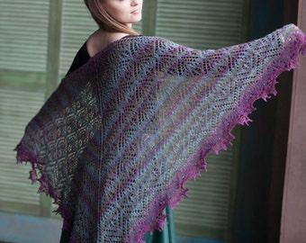 "Knitted shawl ""Violet sugar"""