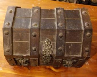 Vintage Wood Japanese Jewelry Treasure Keepsake Box By PRESTIGE 1979