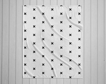 Black and white cross pattern modern plush throw blanket with white back