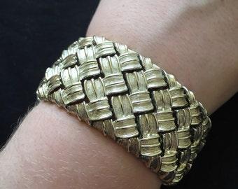 Mid Century Bracelet Goldtone Basketweave Pattern