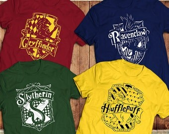Harry Potter, Hogwarts T-Shirt, Slytherin Gryffindor, Hufflepuff, Ravenclaw Crests,Various Colours and Sizes