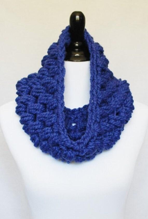 Blue Crochet Cowl, Blue Puff Stitch, Chunky Crochet Cowl, Bobble Neck Warmer, Infinity Scarf - Giant Bobble, Royal Blue