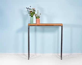Console table in oak and steel | THORN