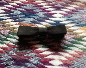 Vintage Mini Clip On Bowtie In Black